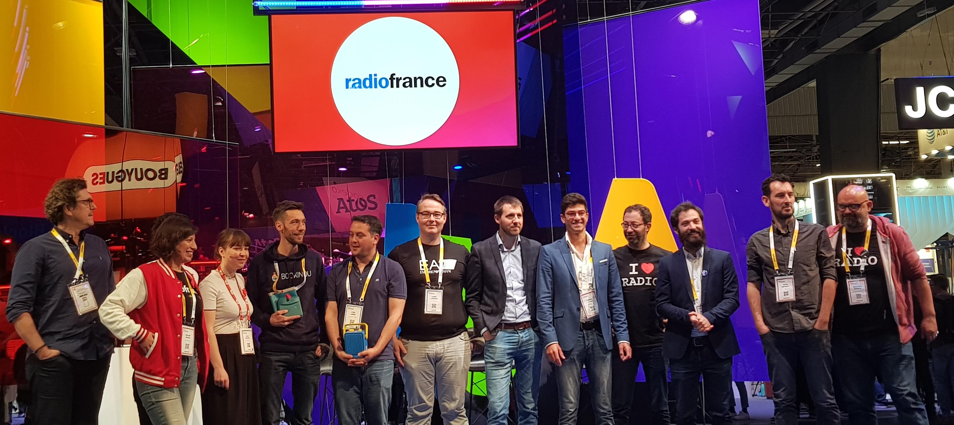 Les finalistes et le jury du Challenge start-up Radio France au JCDecaux Pitch Zone, à Vivatech le samedi 18 mai à Paris